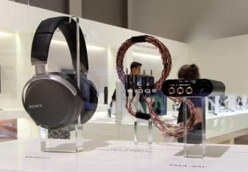 Sony-MDR-27-MUC-B20BL1-PHA-3AC