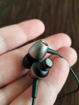 E1 - słuchawki1